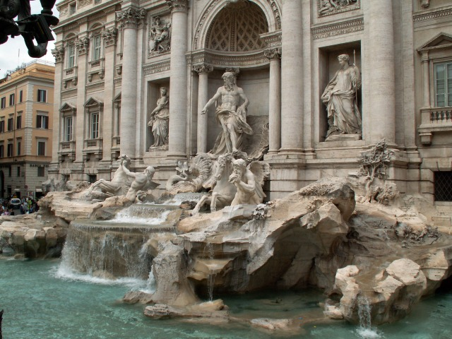 trevi-fountain-in-rome.jpg