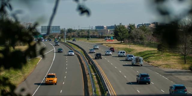 highway-city-traffic