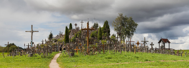 Hill Of Crosses Diego Delso.png